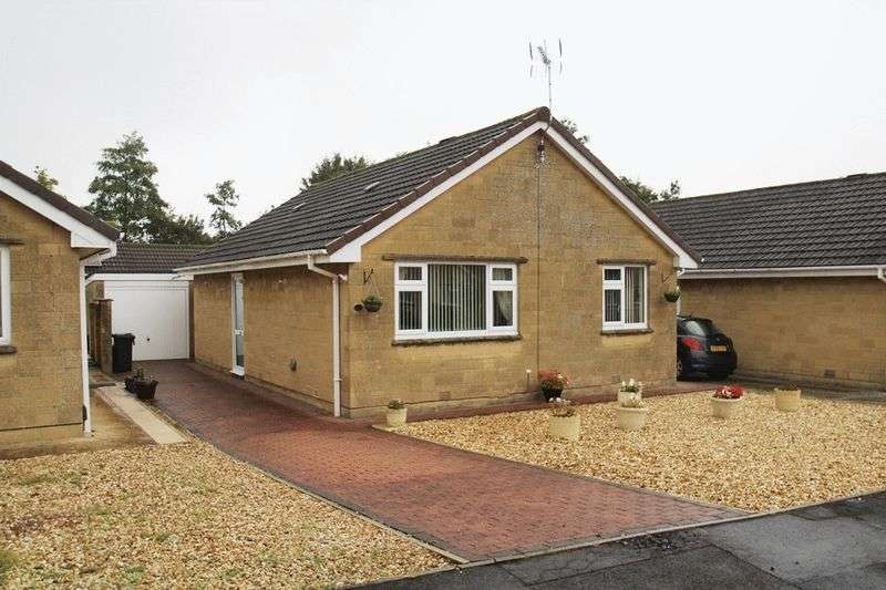 2 Bedrooms Detached Bungalow for sale in Greenmeadow, Swindon
