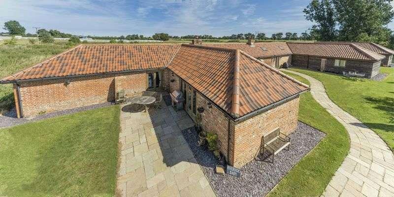 6 Bedrooms Property for sale in Riverside Barn, Leverington