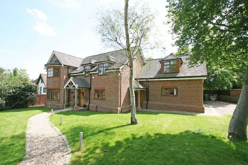 6 Bedrooms Detached House for sale in The Avenue, Farnham Common, Buckinghamshire, SL2