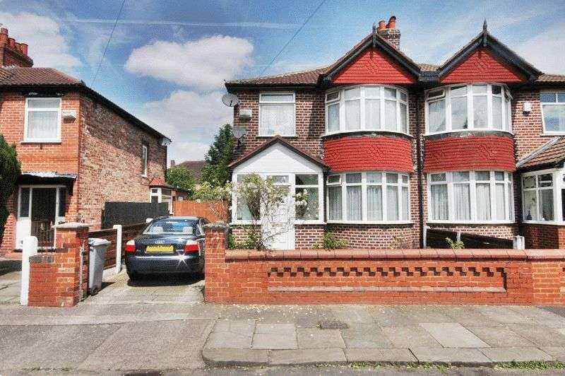 3 Bedrooms Semi Detached House for sale in Belford Road, Manchester