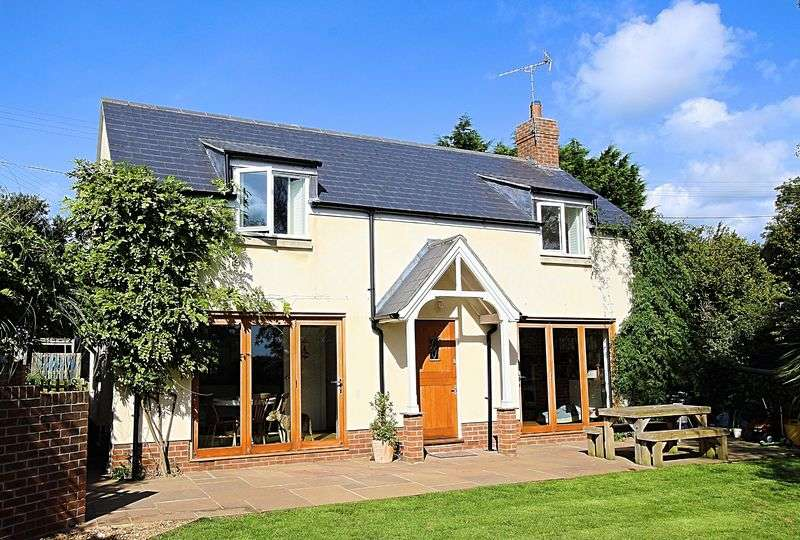 3 Bedrooms Detached House for sale in Gullivers Orchard, Bridport