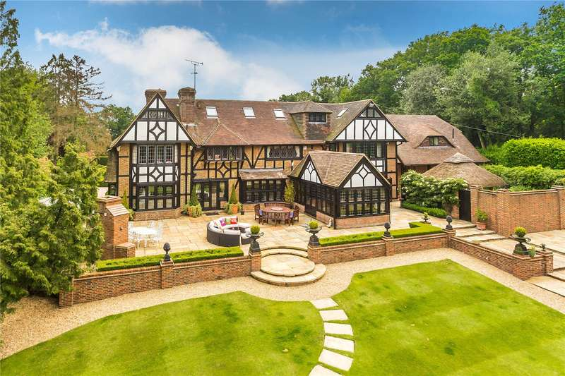 8 Bedrooms Detached House for sale in Red Lane, Oxted, Surrey, RH8