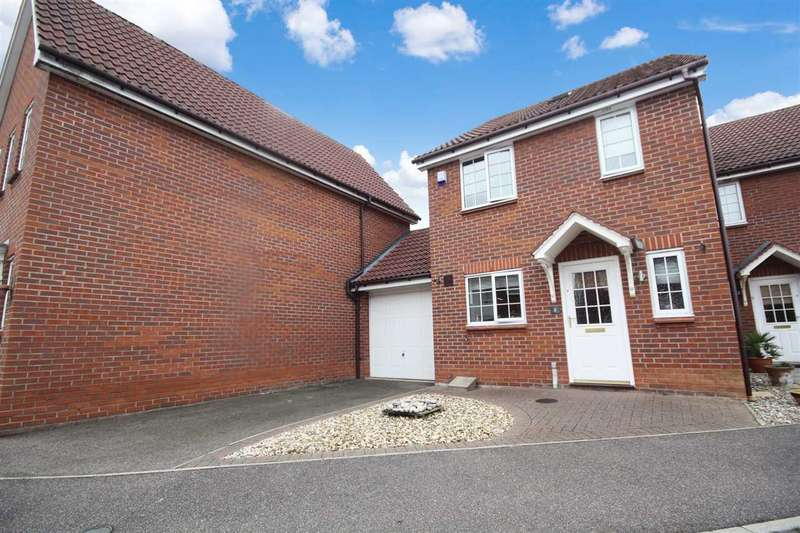 3 Bedrooms Semi Detached House for sale in Llewellyn Drift, Kesgrave