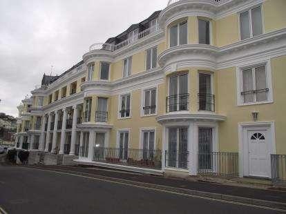 2 Bedrooms Flat for sale in Montpellier Road, Torquay, Devon