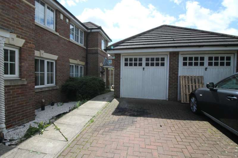 3 Bedrooms End Of Terrace House for sale in Langdale Terrace, Manor Way, Borehamwood, Hertfordshire, WD6