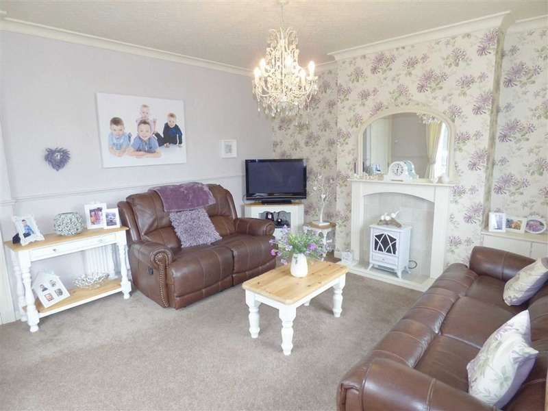 3 Bedrooms Property for sale in Brocklebank Road, Rochdale, Lancashire, OL16