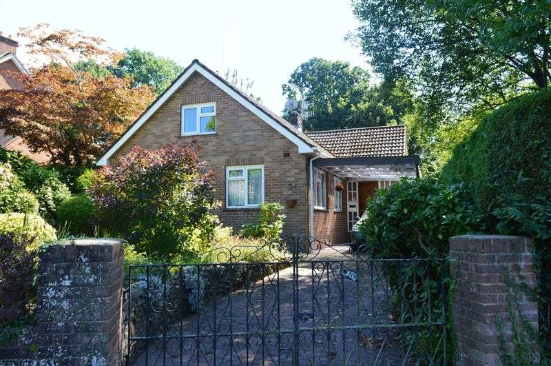 3 Bedrooms Detached Bungalow for sale in Abergavenny