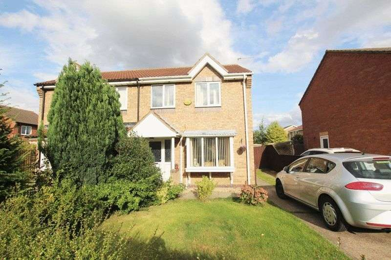 3 Bedrooms Semi Detached House for sale in VIKING CLOSE, IMMINGHAM