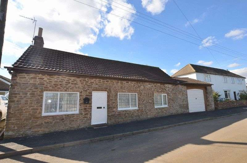 3 Bedrooms Property for sale in Cross Street, West Halton, Scunthorpe