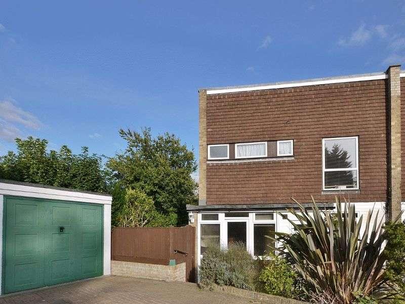 3 Bedrooms Semi Detached House for sale in Heskett Park, Pembury