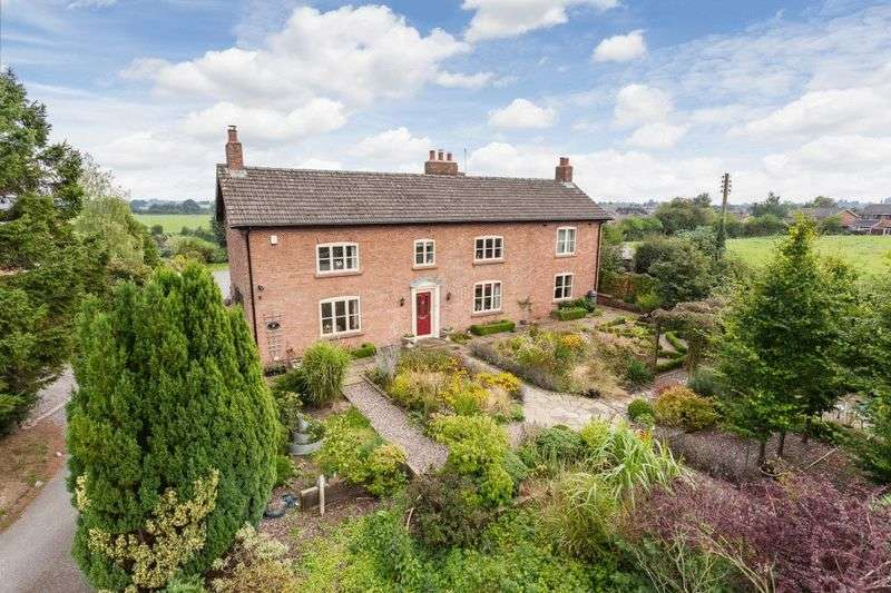 5 Bedrooms Detached House for sale in Alport Farm House, Alport Road, Whitchurch