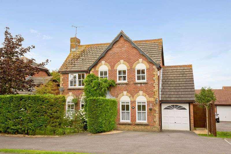 4 Bedrooms Detached House for sale in Culpepper, Burgess Hill