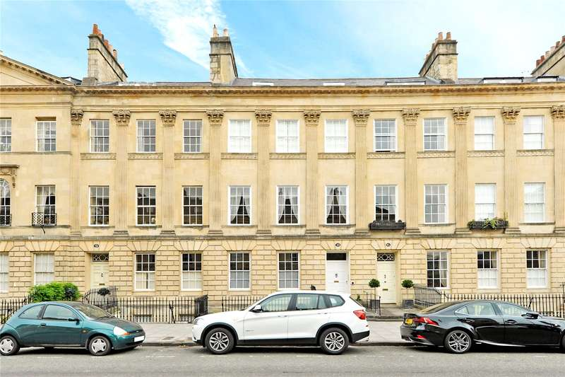 3 Bedrooms Flat for sale in Great Pulteney Street, Bath, BA2