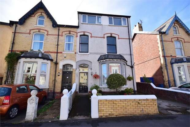 4 Bedrooms Semi Detached House for sale in St Andrews Road South, LYTHAM ST ANNES, Lancashire