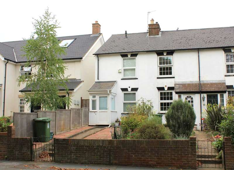 3 Bedrooms House for sale in 2/3 BED OVERLOOKING THE MOOR IN St Johns Road, Boxmoor