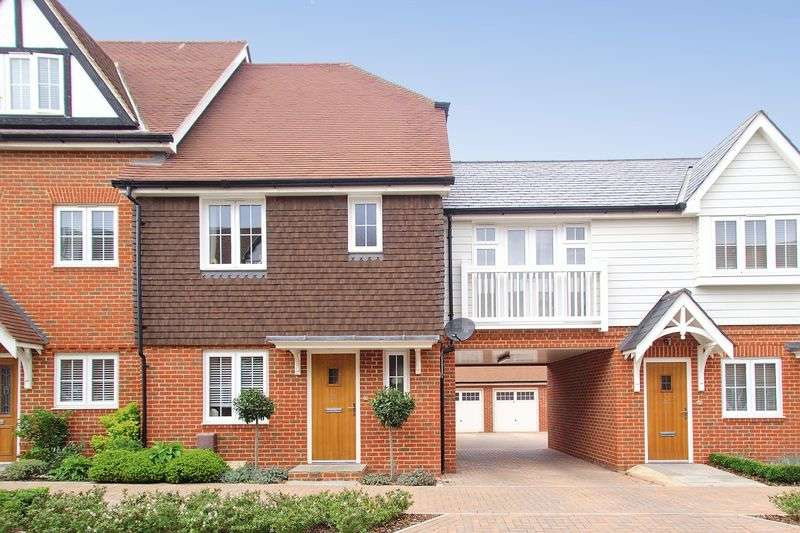 3 Bedrooms Semi Detached House for sale in The Boulevard, Bognor Regis, PO21