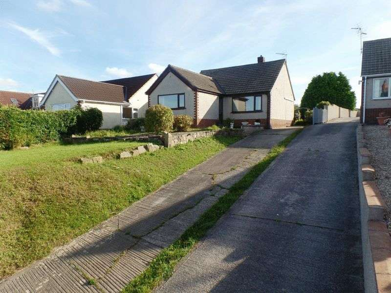 3 Bedrooms Detached Bungalow for sale in Picton Road, Pen y Ffordd