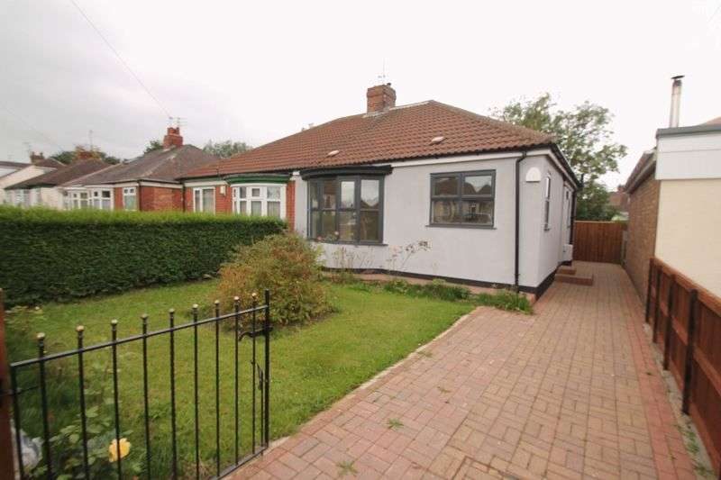 2 Bedrooms Semi Detached Bungalow for sale in Eastbourne Gardens, Ormesby