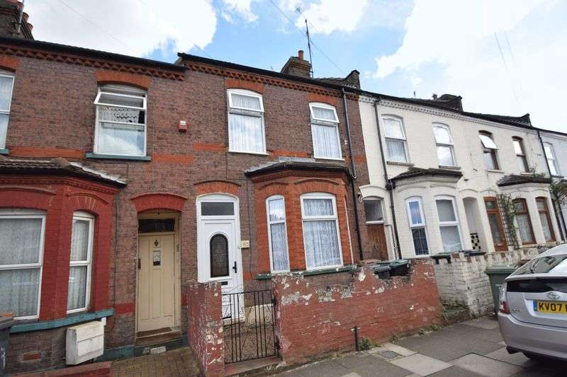 3 Bedrooms Terraced House for sale in Naseby Road, Luton