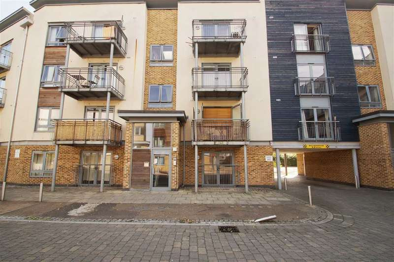 1 Bedroom Apartment Flat for sale in Quayside Drive, Colchester
