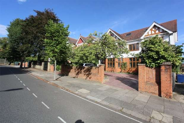 10 Bedrooms Detached House for sale in Corfton Road, Ealing