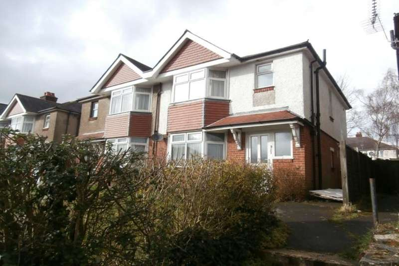 5 Bedrooms Flat for rent in Burgess Road, Southampton, SO16