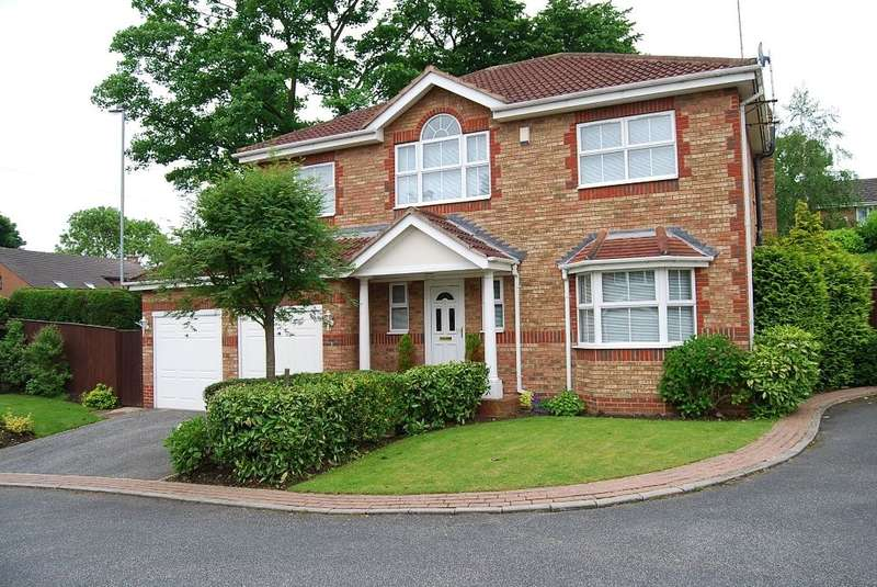 4 Bedrooms Detached House for sale in The Wickets, Sandal