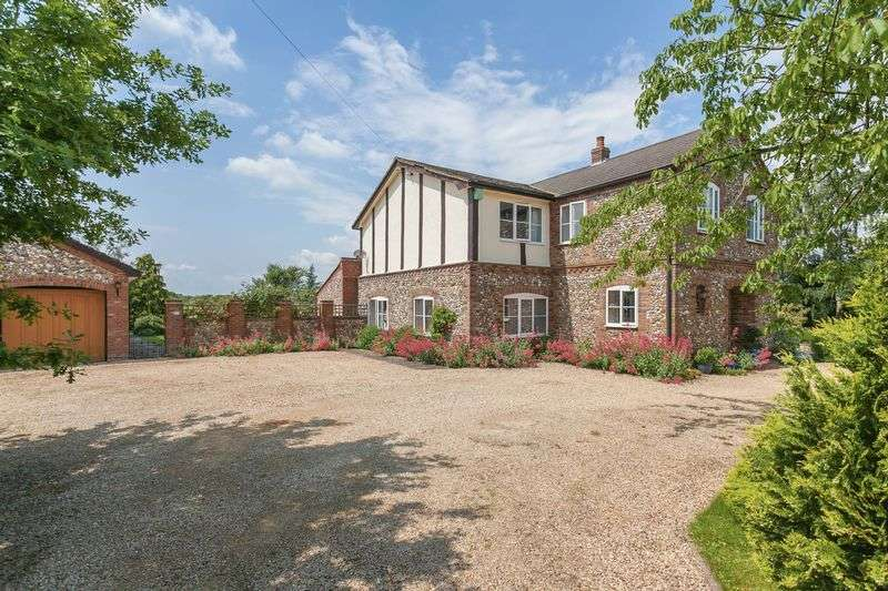 6 Bedrooms Detached House for sale in Towersey