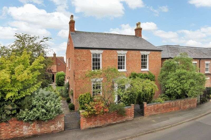 6 Bedrooms Detached House for sale in West End, Long Clawson