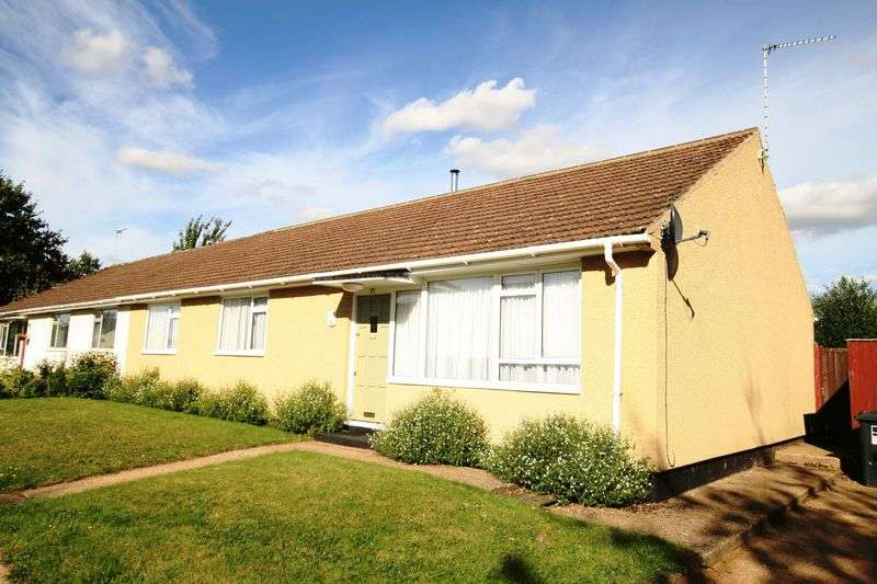 3 Bedrooms Semi Detached Bungalow for sale in Rose Walk, Wicken Green, Sculthorpe, NR21 7QE