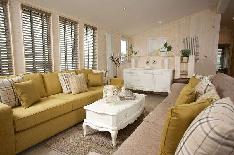 2 Bedrooms Bungalow for sale in Coast View Holiday Park, Torquay Road, Shaldon, South Devon, TQ14 0BG