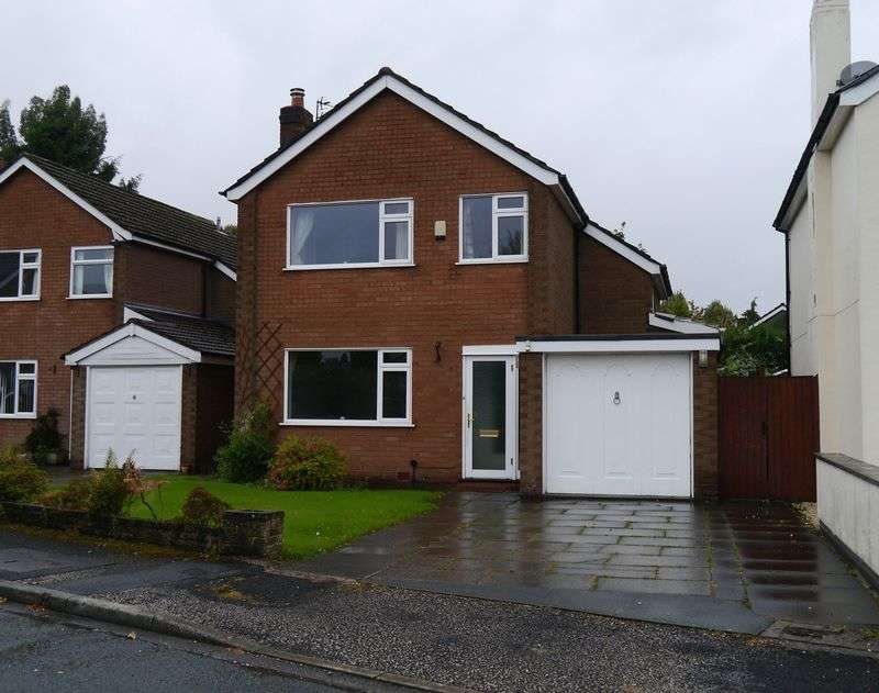 3 Bedrooms Detached House for sale in Buttermere Drive, Hale Barns