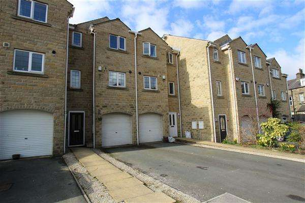 4 Bedrooms Town House for sale in Longfellow Court, Mytholmroyd, Hebden Bridge