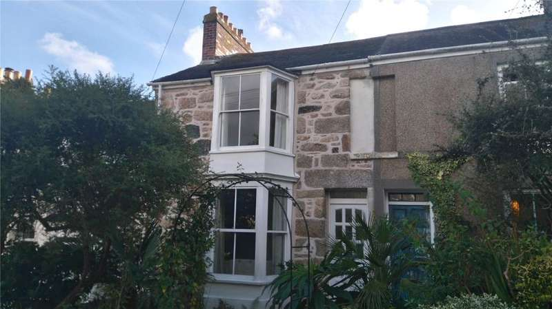 2 Bedrooms Terraced House for sale in Leskinnick Terrace, Penzance, Cornwall