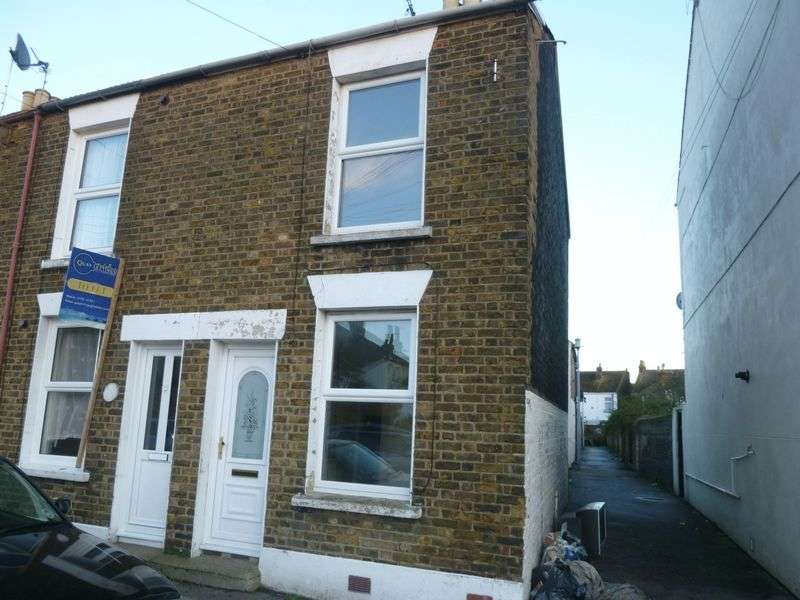 2 Bedrooms Terraced House for sale in Richmond Street, Sheerness
