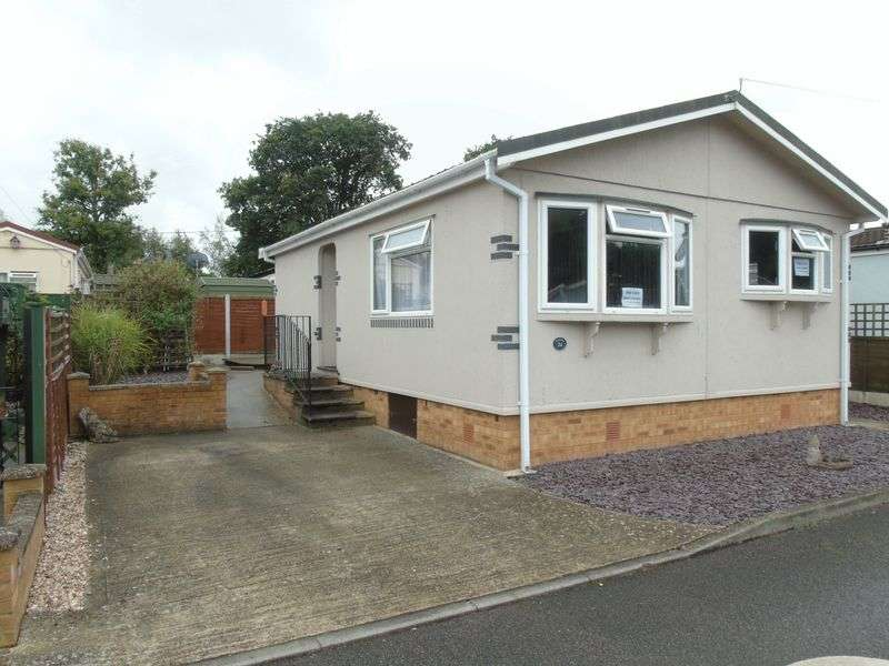 2 Bedrooms Property for sale in Ravenswing Park, Aldermaston