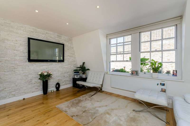 3 Bedrooms Flat for sale in Chiswick High Road, Chiswick, W4
