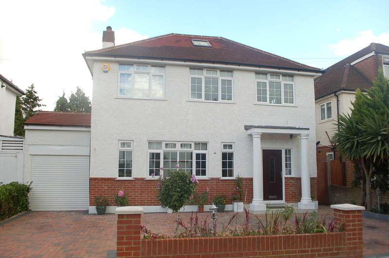 5 Bedrooms Detached House for sale in HAMPTON