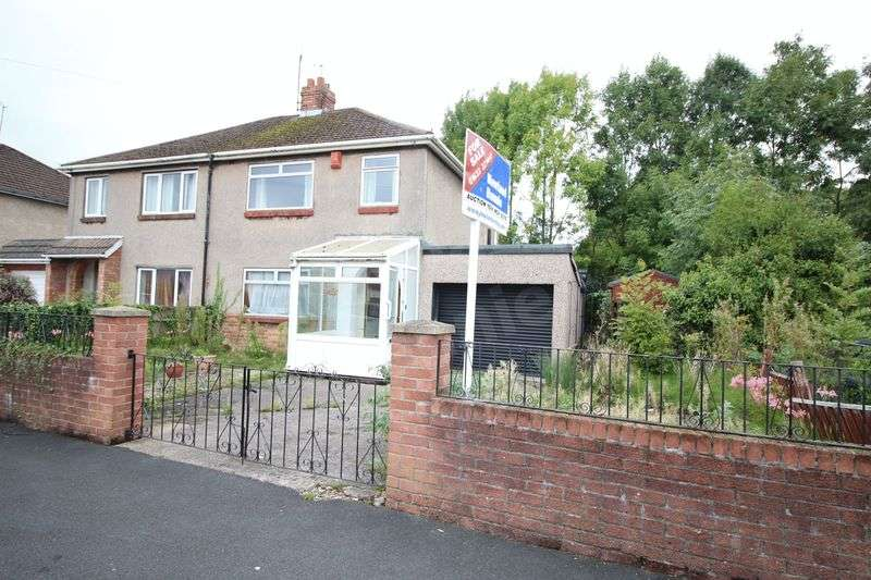 3 Bedrooms Semi Detached House for sale in Thompson Avenue, Liswerry, Newport