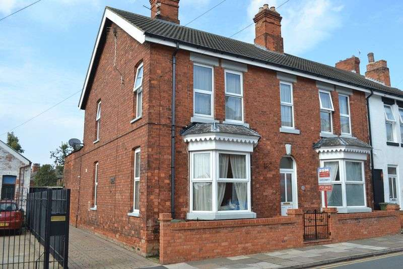 4 Bedrooms House for sale in Rowston Street, Cleethorpes