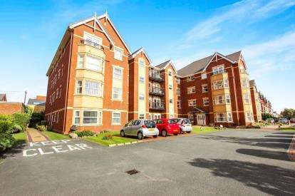 1 Bedroom Flat for sale in Hardaker Court, 319-323 Clifton Drive South, Lytham St. Annes, Lancashire, FY8