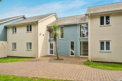 1 Bedroom Flat for sale in Treliever Road, Mabe Burnthouse, Penryn