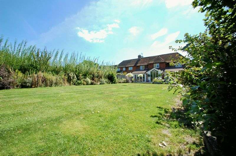 4 Bedrooms Semi Detached House for sale in Steep Marsh Cottages, STEEP MARSH, Hampshire