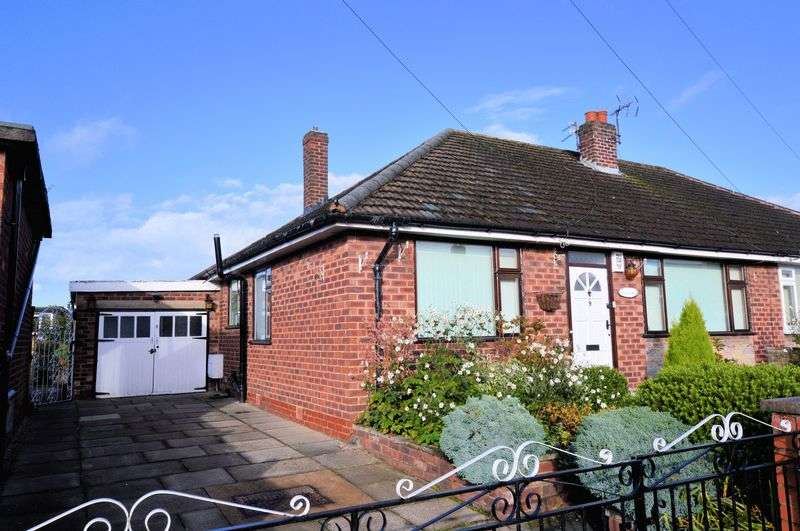 3 Bedrooms Semi Detached Bungalow for sale in Whitburn Drive, Bury