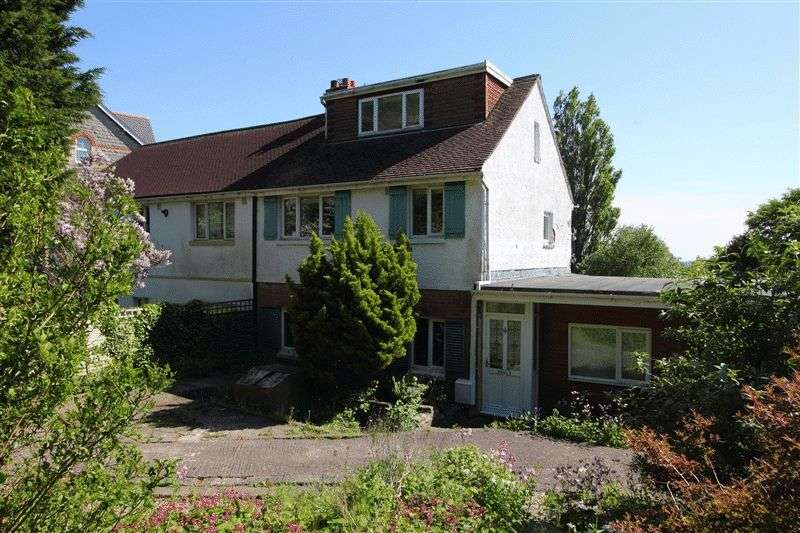 4 Bedrooms Semi Detached House for sale in Church Place South, Penarth