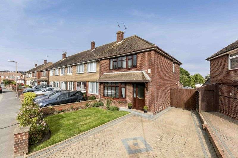 3 Bedrooms Semi Detached House for sale in Lower Drayton Lane, Drayton