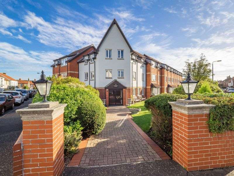 1 Bedroom Retirement Property for sale in Shannock Court, Sheringham, NR26 8DW