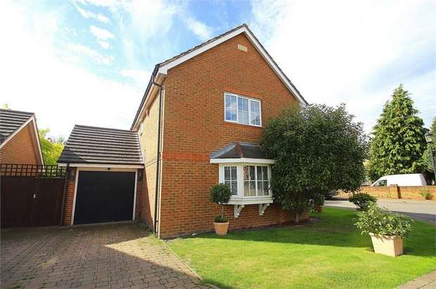 3 Bedrooms Detached House for sale in Hardings Row, Iver Heath, Buckinghamshire