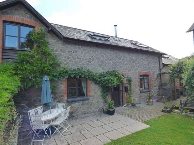 4 Bedrooms Link Detached House for sale in Moretonhampstead, Moretonhampstead, Newton Abbot, Devon