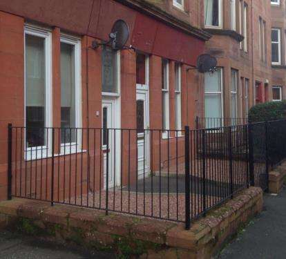 1 Bedroom Flat for sale in Dundrennan Road, Glasgow, Lanarkshire